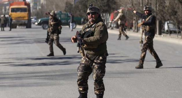 Islamic state claims attack on shiite center 41 dead the malta security personnel arrive outside the site of a suicide attack in kabul afghanistan thursday sciox Image collections