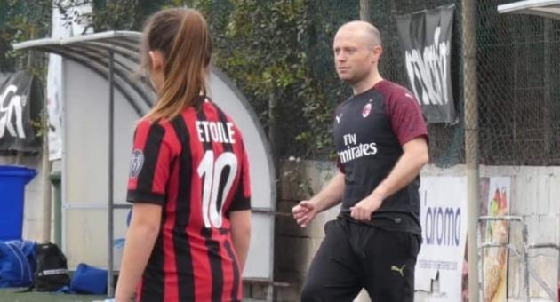 2547fd6f4 Election? What election? Cool Muscat dons Milan shirt and goes to play  football