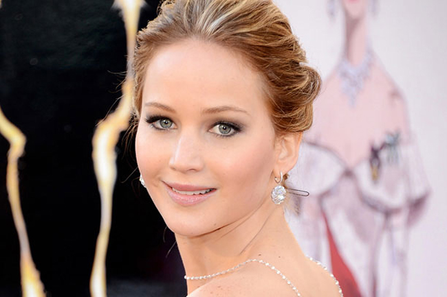 Jennifer Lawrence Requests Investigation Into Theft Of